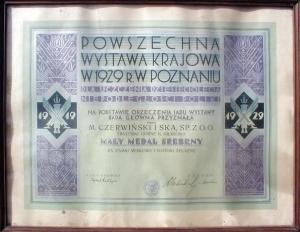 Ryc. 17 Dyplom przyznający srebrny medal na wystawie w Poznaniu w 1929 r.